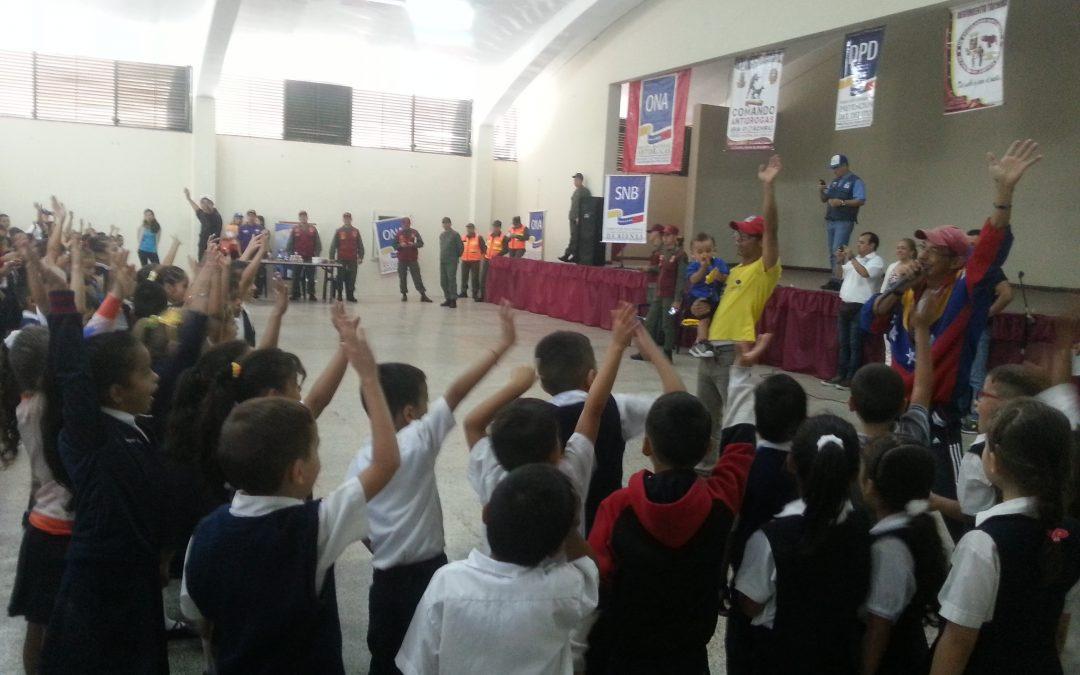 "Idenna acompañó a estudiantes de Escuela Bolivariana ""Bustamante"" al regreso a clases en Táchira"