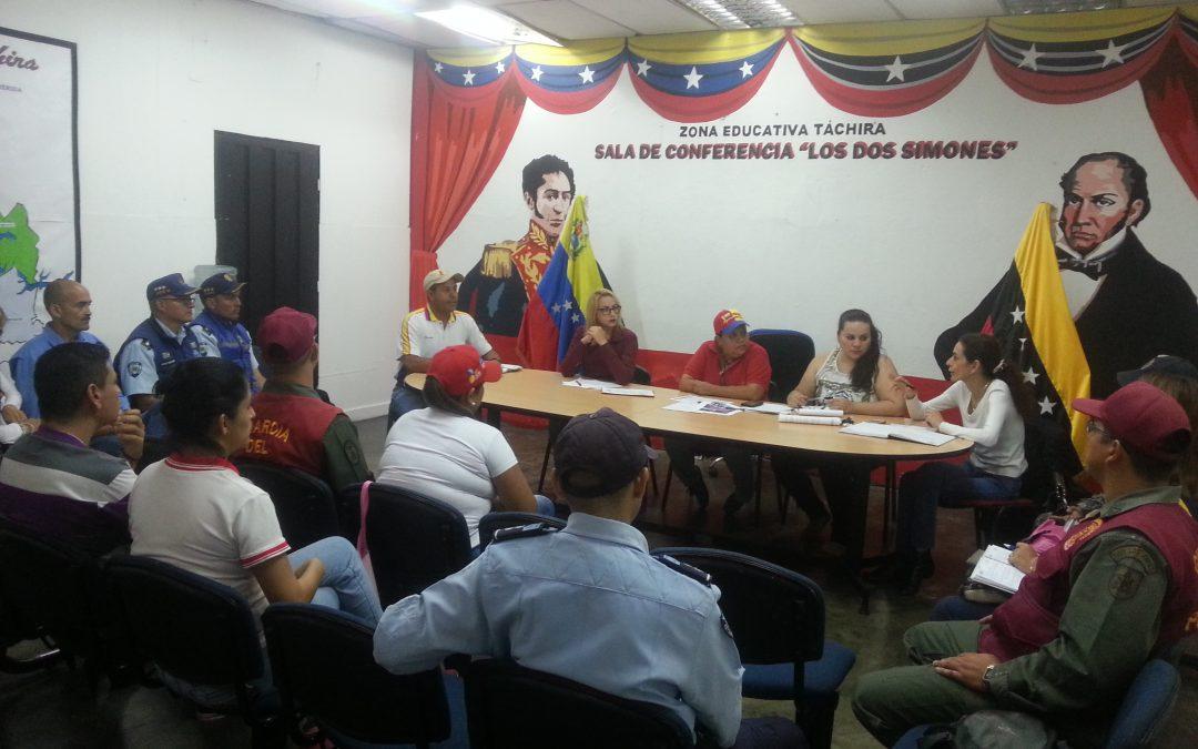 """Idenna participó en mesas de trabajo sobre el Observatorio de """"Convivencia Escolar""""  en Táchira"""