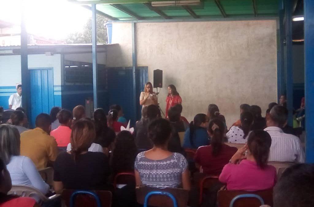 Idenna orientó a 135 padres y representantes en materia de protección de NNA