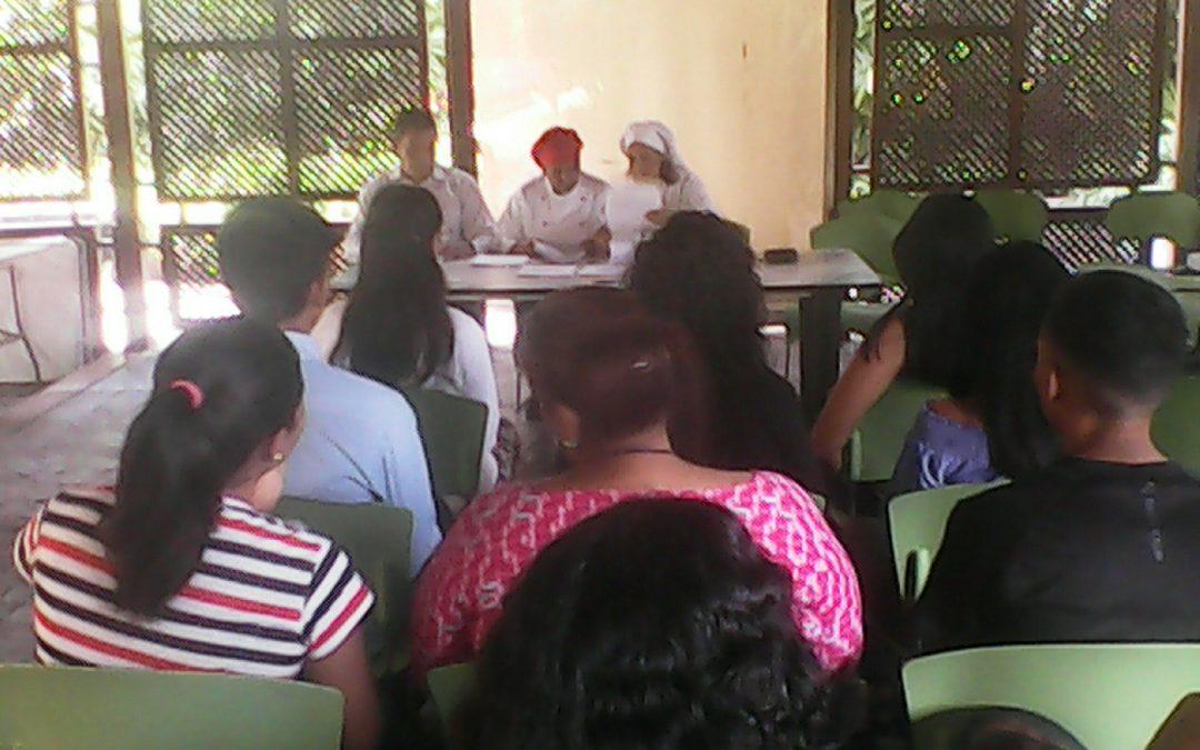 Idenna e Inces, entregaron  Certificados a jóvenes egresados de las UPI y servidores  de la Institución