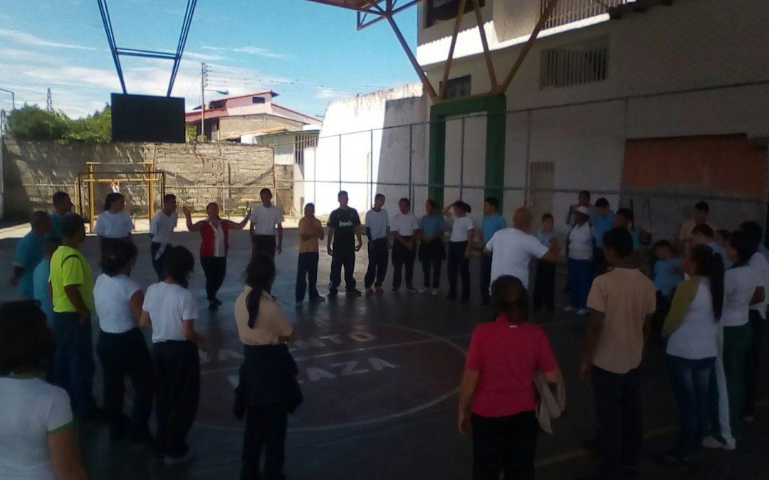 """Idenna realizó jornada recreativa con los jóvenes del Instituto Bolivariano de Educación Especial """"Los Andes"""""""