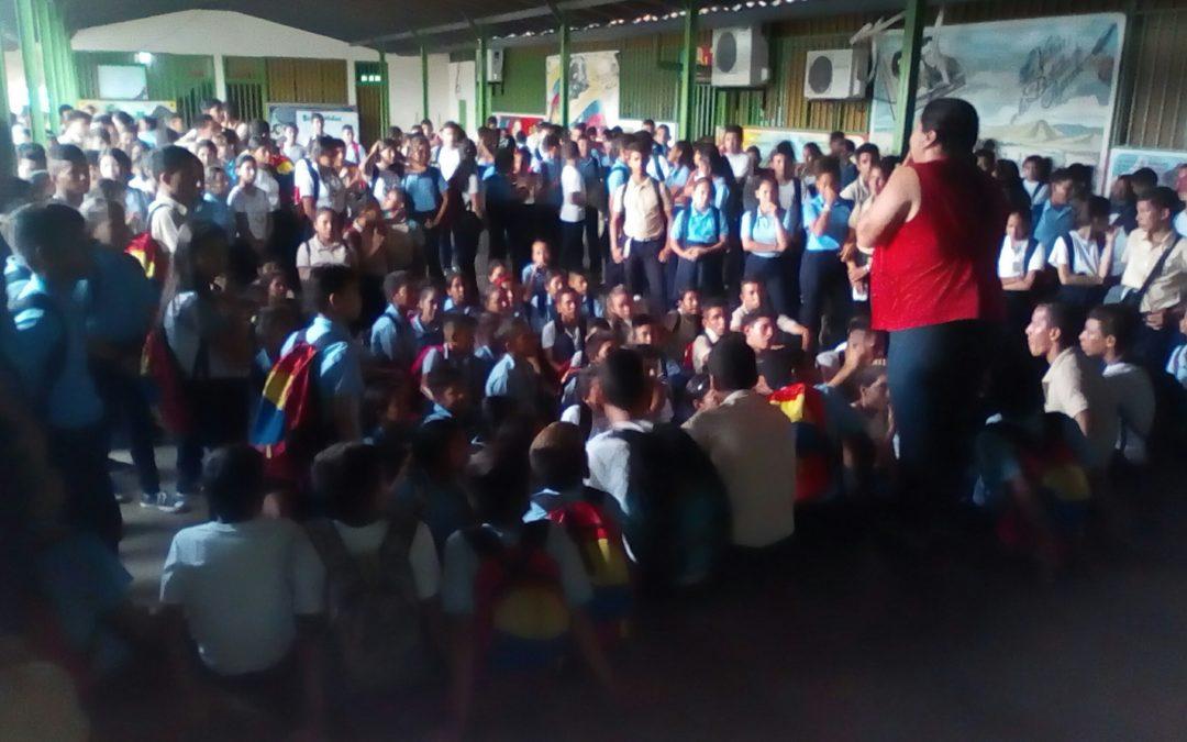 Idenna realizó una jornada formativa y recreativa en Mérida