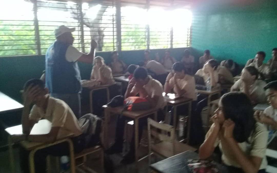 Idenna dictó conversatorio sobre Lopnna a los aspirantes a la Brigada Estudiantil del municipio Sucre