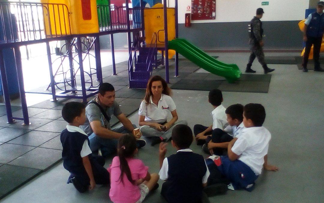 """Idenna realizó conversatorio sobre Derechos Humanos con estudiantes de E. B. """"Los Andes"""" en Táchira"""