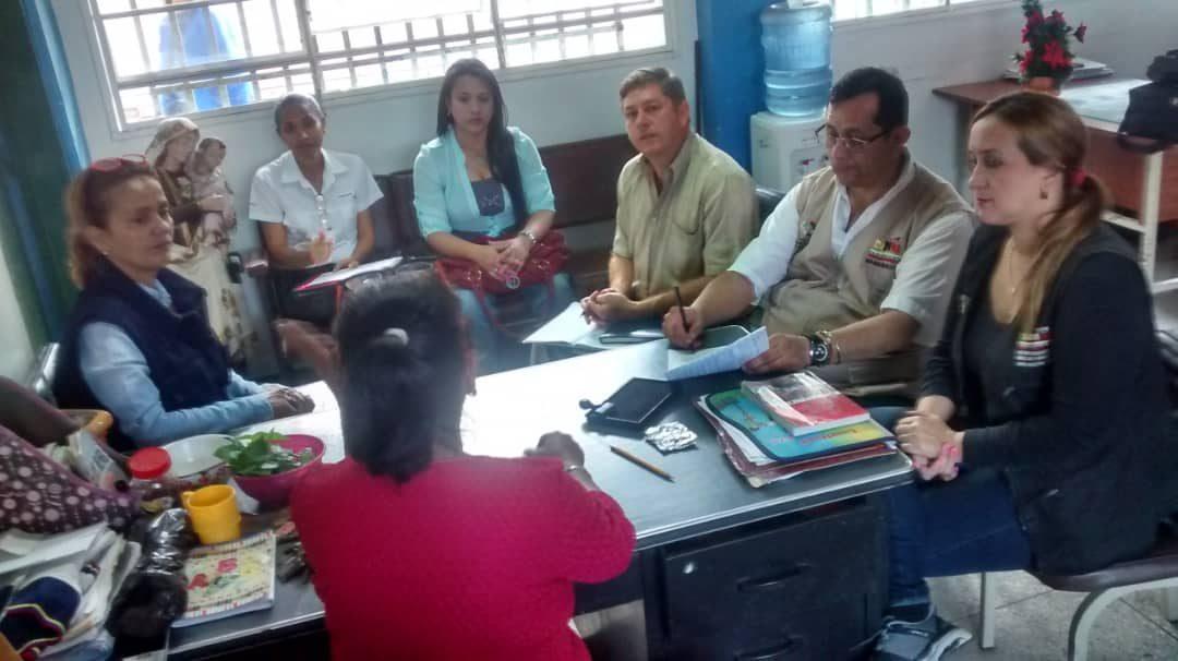 Idenna supervisó liceos por supuestos reclutamientos de estudiantes adolescentes en Táchira