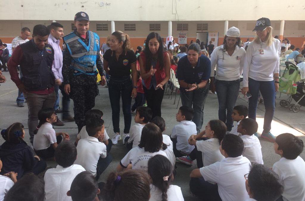 """Idenna participó en una jornada de concientizacion realizada en la U.E.N. """"Felipe Guevara Rojas"""" de Aragua"""