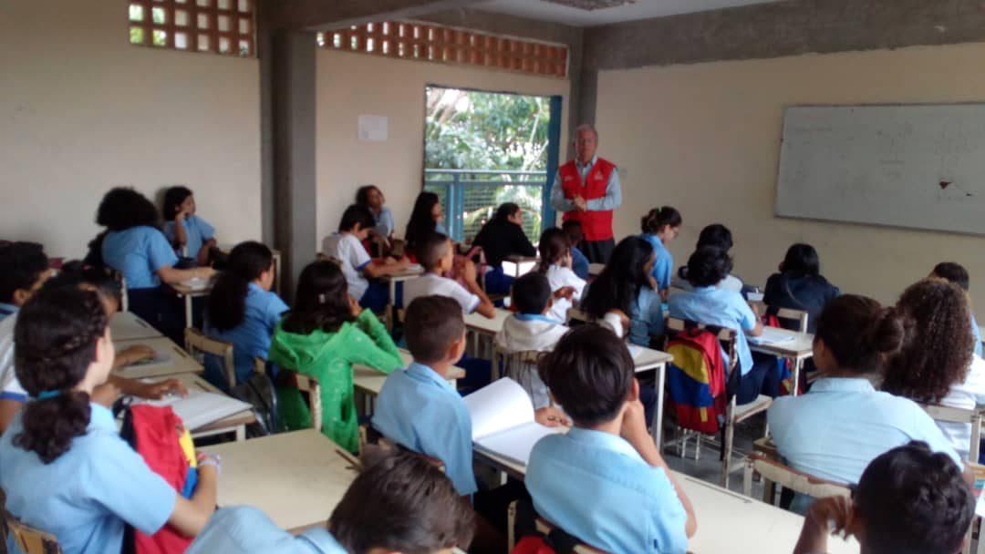 Idenna avanza en los despliegues de formación preventiva a favor de los derechos de la infancia y la adolescencia larense
