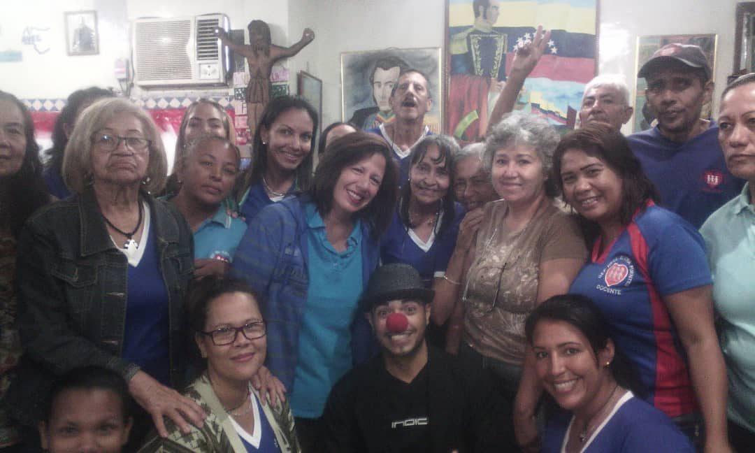 """Idenna participó en el taller """"Risoterapia en tiempos de Crisis"""" en el estado Aragua"""