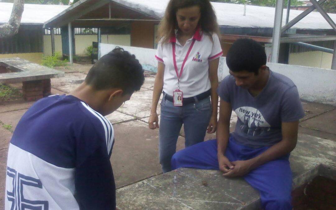 """Idenna desarrolló actividades recreativas en el Liceo """"Gonzalo Méndez"""" en el estado Táchira"""