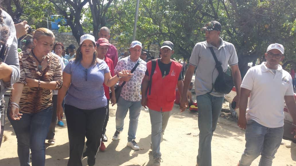 """Idenna realizó recorrido por el """"Paseo Macuto"""" para garantizar los derechos de los NNA en el estado Vargas"""