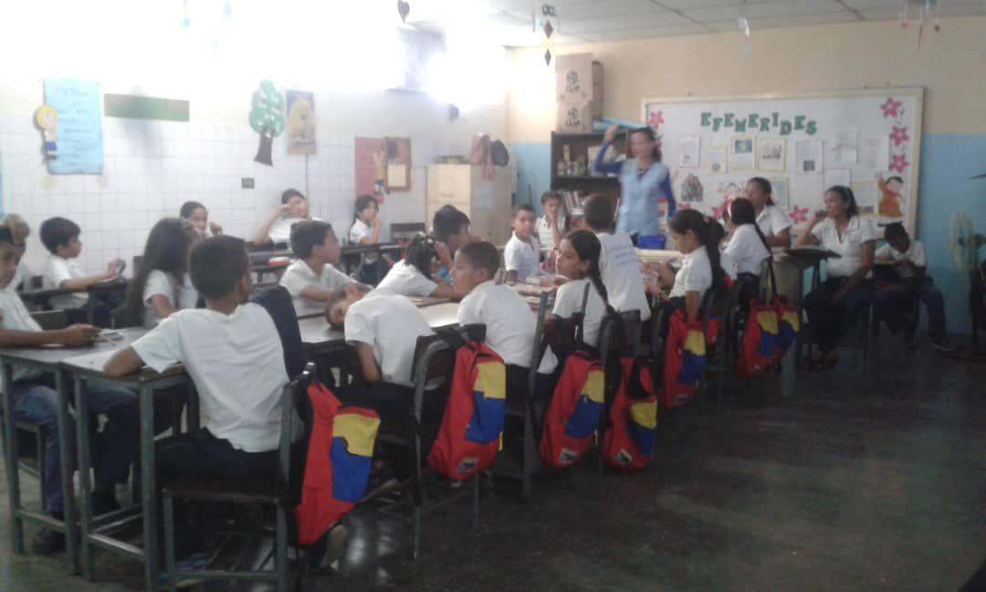 """Idenna realizó actividad formativa sobre el artículo 30 de Lopnna y los valores en la E.B.B. """"Rómulo Gallegos"""" del estado Cojedes"""